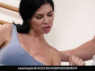 KINKY INLAWS Hot Jasmine Jae enjoys naughty lesbian sex with stepdaughter