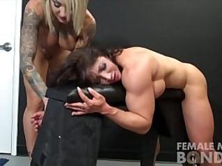 Muscle Female Lesbian love Porn Stars Dani and Brandimae